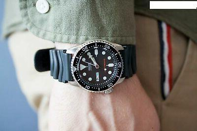 Seiko Black Automatic Stainless & Dive Watch