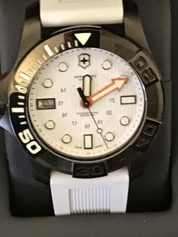 Victorinox Swiss Army Dive Master 500 43mm White Dial Watch