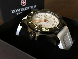 Victorinox Swiss Army Dive Master 500 INOX 43mm Men's Whit